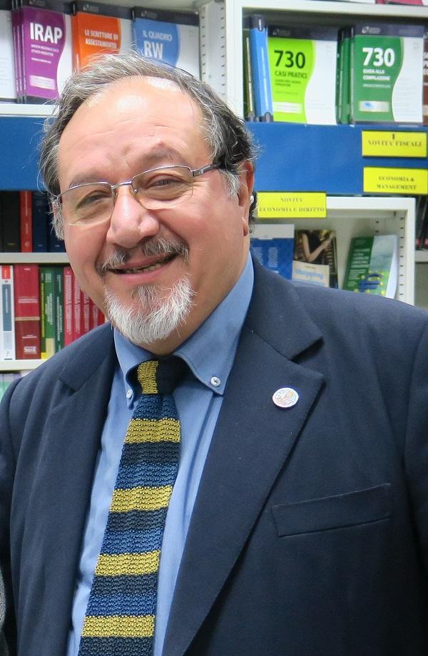 Il maestro Vincenzo Dino Patroni