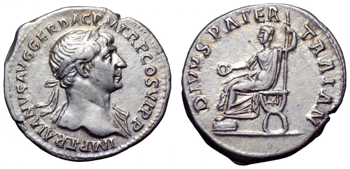 Denario in argento coniato a Roma nel 112-114 che ritrae al dritto l'imperatore di profilo, laureato, e al rovescio lo stesso sulla sedia curule, con patera e scettro