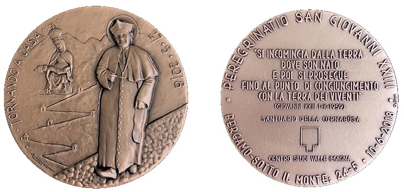 Oltre che in argento, la coniazione è stata realizzata anche in bronzo patinato