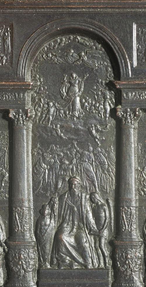 """Particolare della medaglia del Mausoleo di Tiziano, con rappresentazione della """"Assunta"""""""