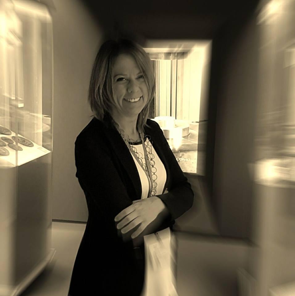 Annalisa Masini, autrice delle nuove 5 euro a soggetto zodiacale che saranno emesse dal Titano