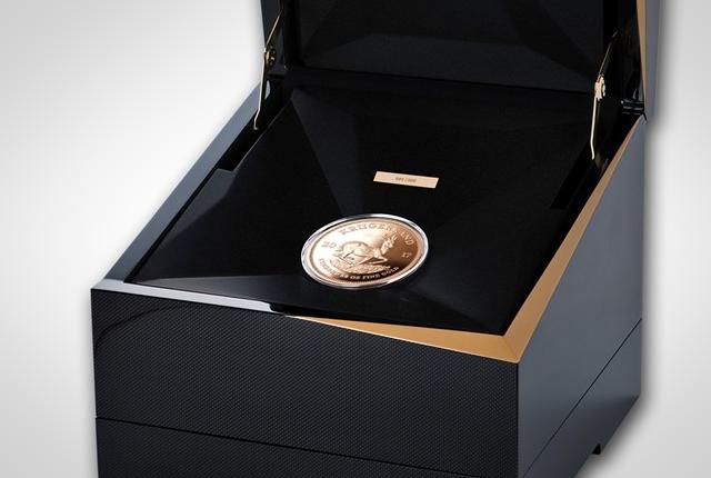 Una delle preziose 1.967 monete in oro da 50 once coniate lo scorso anno