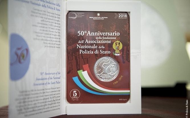Confezionata in uno speciale blister, la 5 euro fior di conio è in vendita alla fonte a 38 euro