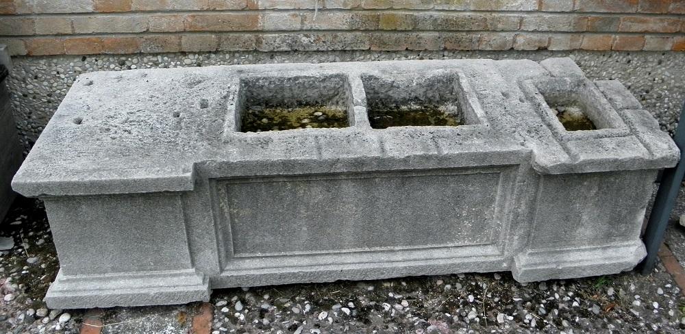 """conferenza di numismatica romana - Una triplice urna funeraria di epoca romana dall'antico sito di """"Altinum"""""""