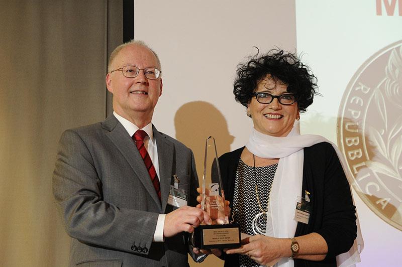 Premi COTY 2017: Maria Carmela Colaneri rivece il Premio alla carriera