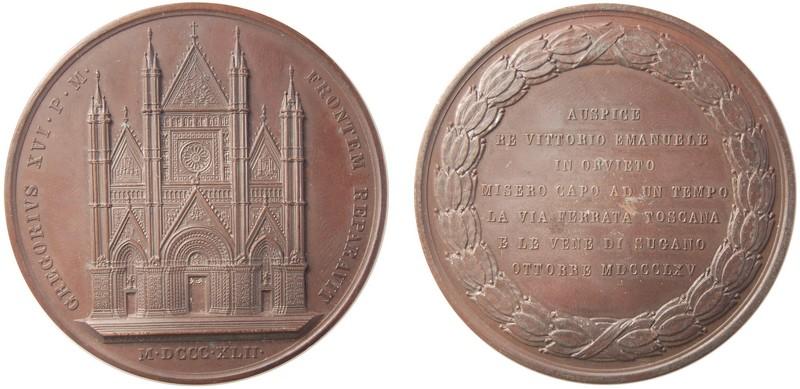 """Il Duomo del Girometti abbinato, nel 1865, con una iscrizione inneggiante alla """"via ferrata toscana"""""""