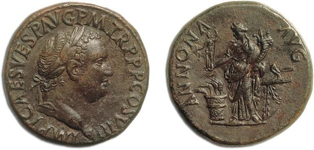 Sesterzio di Tito augusto (79-81) coniato nell'80-81 con al rovescio l'Annona che sorregge la cornucopia e la statuetta della Aequitas (bronzo, mm 34, g 26,25)