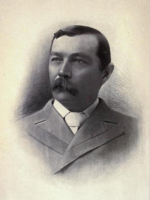 Arthur Conan Doyle (1869-1930) in una foto giovanile
