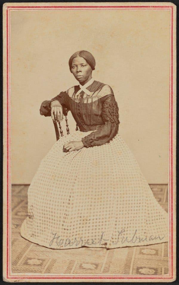 """Harriet Tubman (1822-1913), dettà """"Mosè degli afroamericani"""" in una rara foto giovanile"""