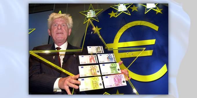 13 dicembre 1996: il presidente BCE Duisenberg svela i bozzetti scelti per gli euro cartacei, uguali per tutti i paesi
