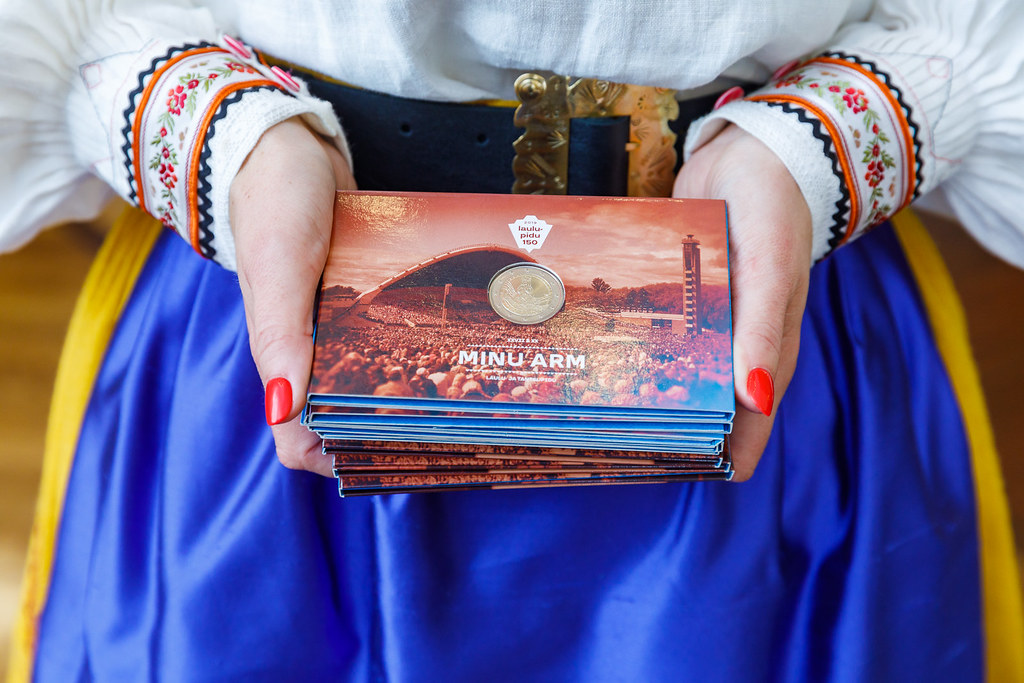Sono appena 2.500 i blister speciali per il Festiva della canzone estone emessi, su un milione di esemplari coniati in totale della moneta