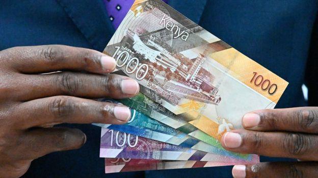Sono state presentate in pompa magna le nuove banknote kenyote