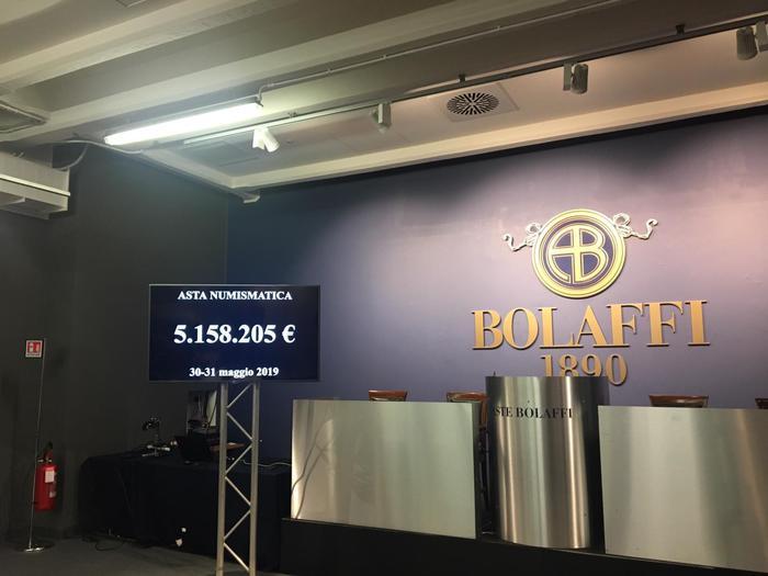 A palette abbassate, la sera del 31 maggio, ecco il risultato record delle aste Bolaffi: oltre cinque milioni di euro