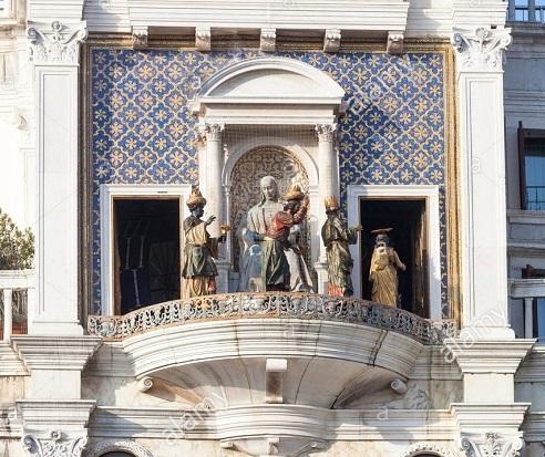La processione dei Re Magi di fronte alla Vergine col Bambino