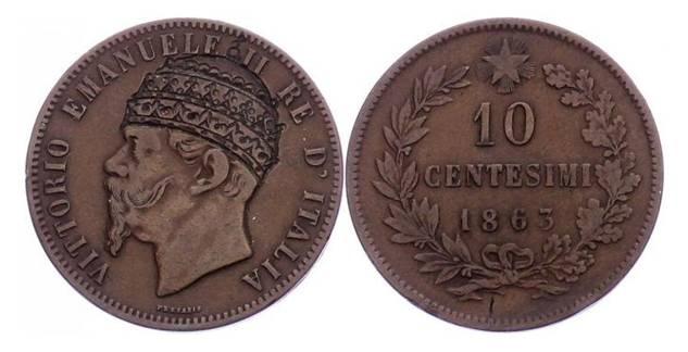 Un esemplare da 10 centesimi di Vittorio Emanuele II bulinato in modo da far vestire al Savoia niente meno che la tiara pontificia