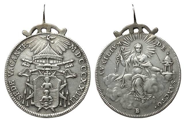 Mezzo scudo papale di Sede Vacante 1823, zecca di Bologna, montato come gioiello-amuleto