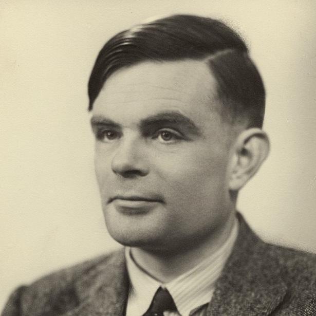 Il ritratto fotografico di Alan Turing (1912-1954) scelto per la nuova banconota britannica da 50 sterline