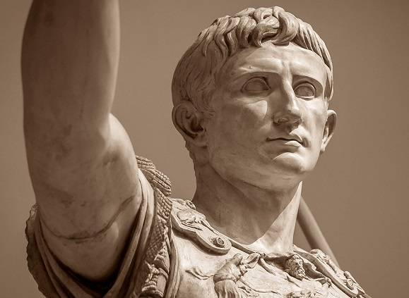 Il volto di Augusto era ovunque conosciuto grazie alla statuaria e alle monete