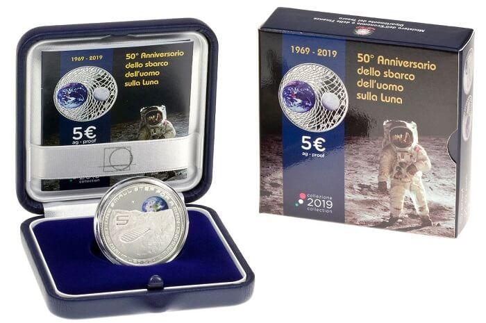 """Accattivamete anche il packaging studiato dai creativi di IPZS per questa moneta da 5 euro """"dalla Terra alla Luna"""""""