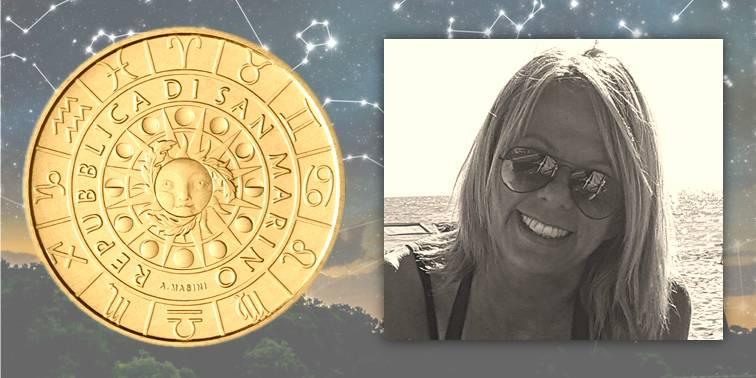 Il dritto comune alla serie zodiacale di San Marino (a s.) e l'autrice di tutti i bozzetti e modelli Annalisa Masini (a d.)