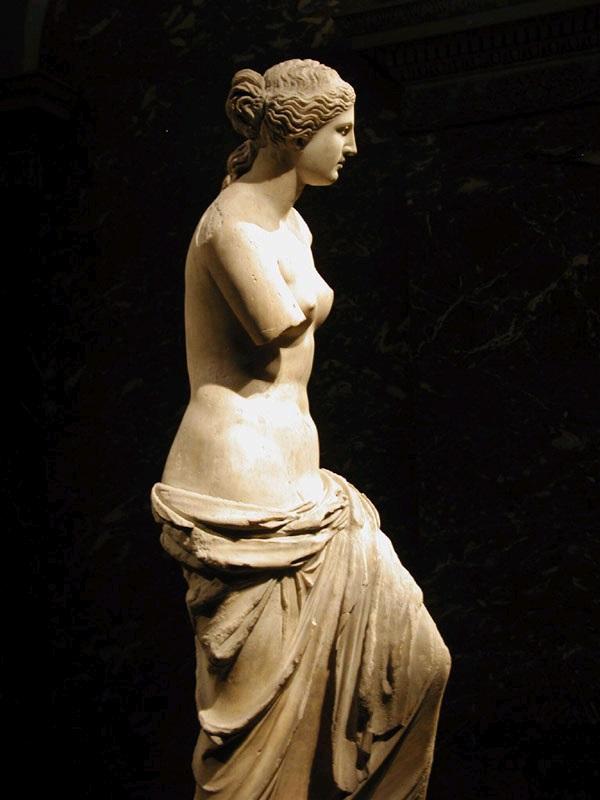 La Venere di Milo, oggi al Louvre di Parigi, uno dei simboli della bellezza classica