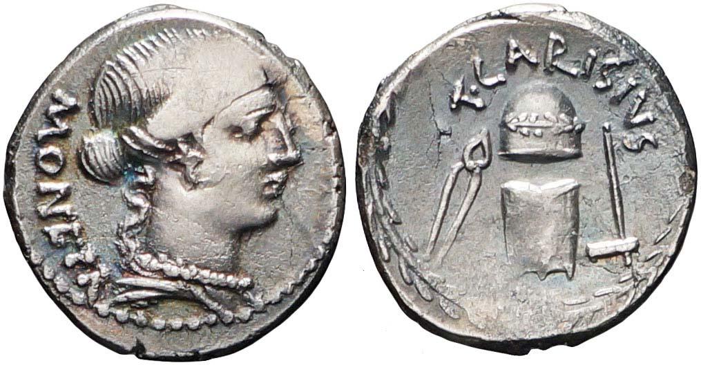 Un altro esemplare del denario che mostra chiaramente i fregi del pileo e la sua dorma semisferica, non certo simile a quella che acrebbe avuto un conio libero