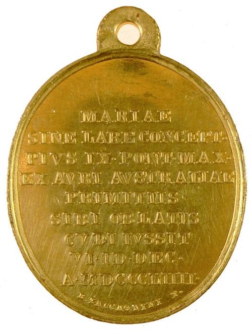 Il rovescio epigrafico di questa coniazione papale un po' medaglia devozionale e un po' onorificenza
