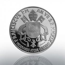 Lo stemma papale modellato da Daniela Longo per la moneta