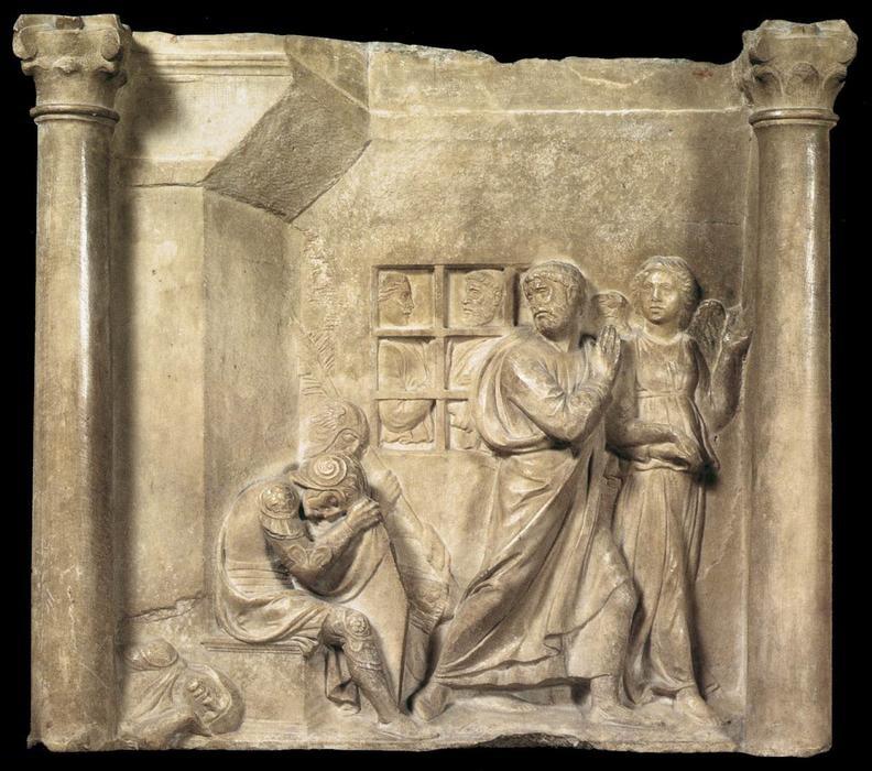 Pietro liberato dall'Angelo in un frammento in marmo di Luca Della Robbia cnservato al Bargello di Firenze