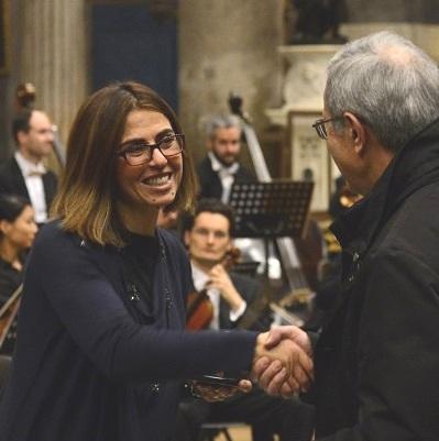 L'artista Antonella Napolione, autrice dei 10 euro 2019 del Vaticano, in una foto di repertorio