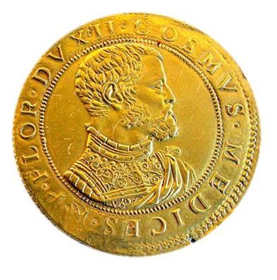 Piastra d'oro di Cosimo I, 1537-1557, dritto con busto del duca in ricca armatura, Museo Nazionale del Bargello, Firenze