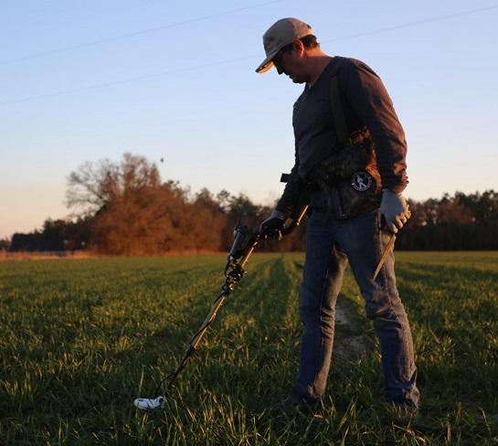 In Inghilterra l'uso del metal detector è disciplinato da una legge che favorisce i rinvenitori e i proprietari dei terreni, oltre che la comunità scientifica