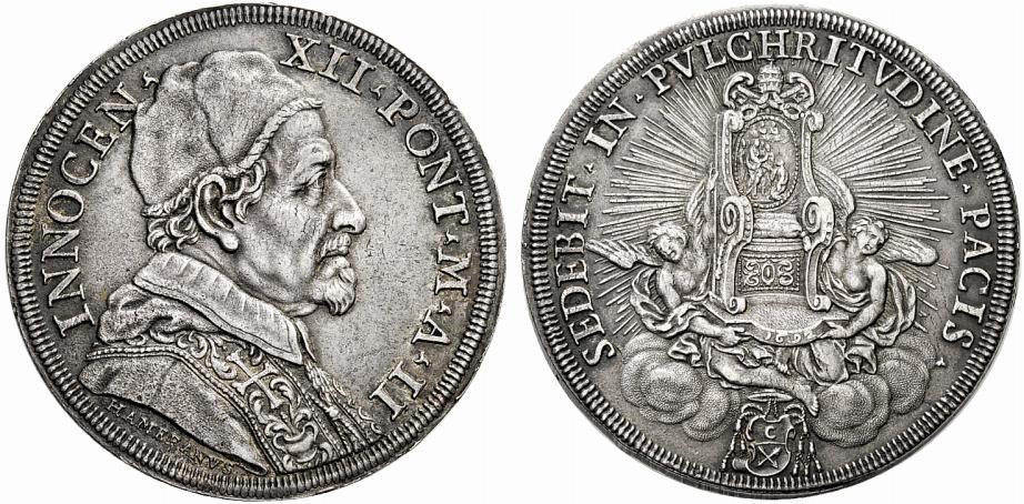 La piastra del 1692 con ritratto di Innocenzo XII e al rovescio la Cattedra di san Pietro