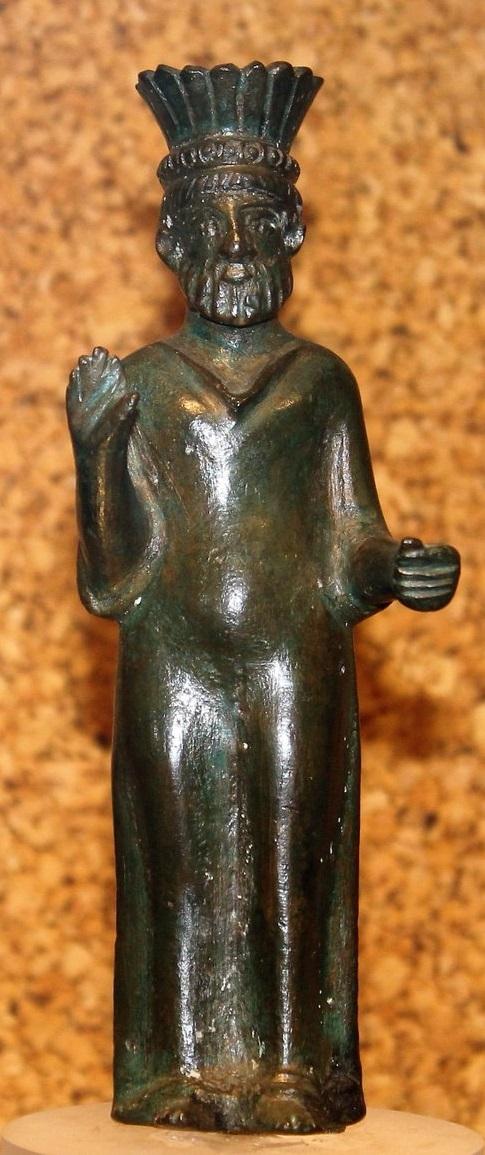 """Statuetta in brzonzo raffigurante il """"Sardus Pater"""" conservata al Museo archeologico nazionale di Cagliari"""