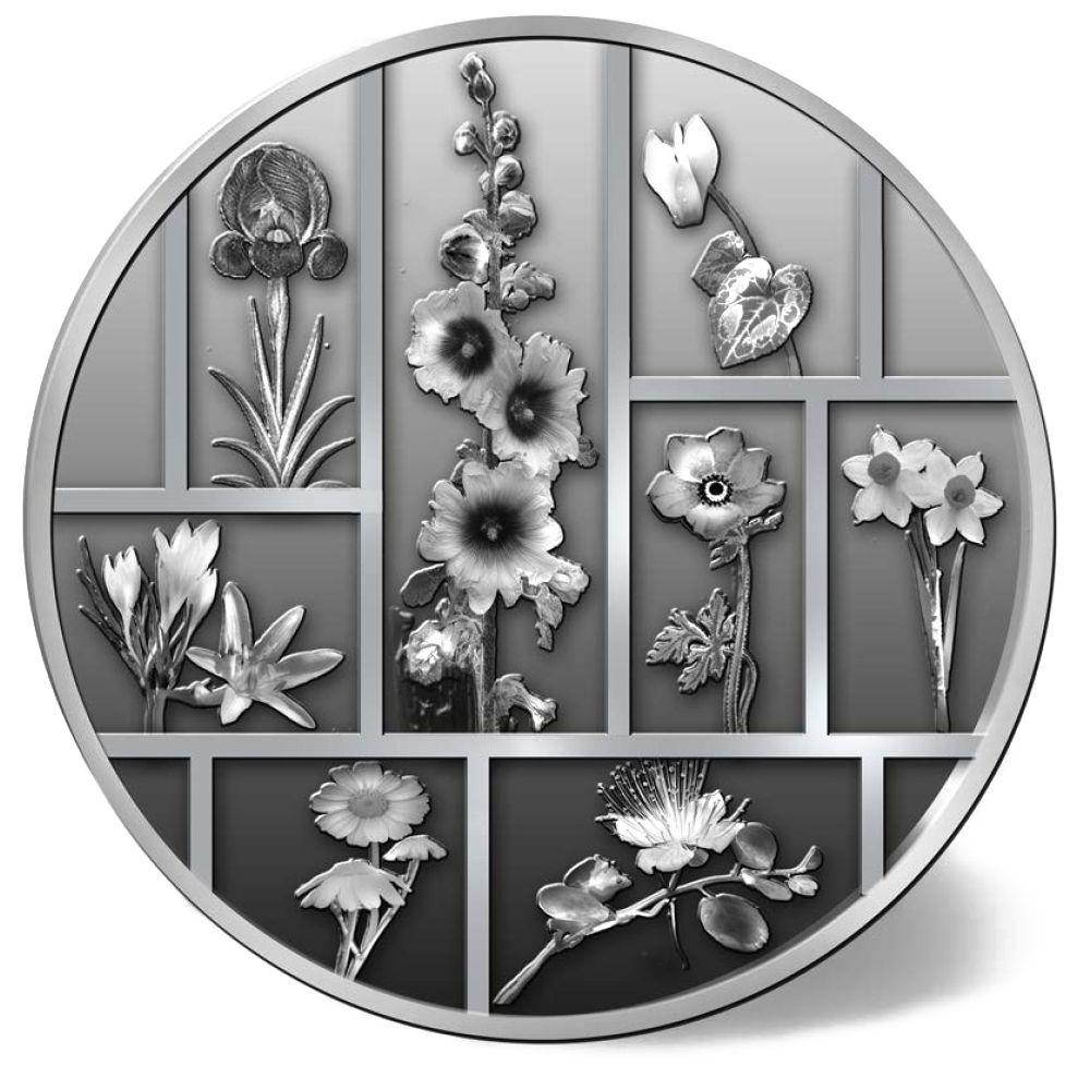 Un mosaico floreale: ecco la faccia comune delle otto medaglie in argento del peso di mezza oncia emesse da Israele