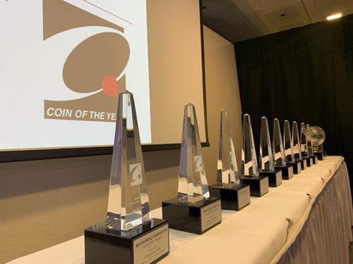 Da 37 anni i premi COTY sono assegnati, sotto forma di obelischi di cristallo, alle monete più belle del mondo scelte da una giuria internazionale