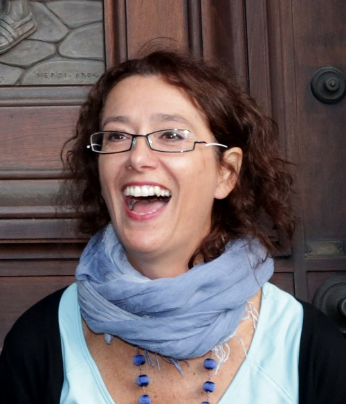 Orietta Rossi, una delle artiste più attive negli ultimi anni in Vaticano, per il quale ha modellato splendide monete