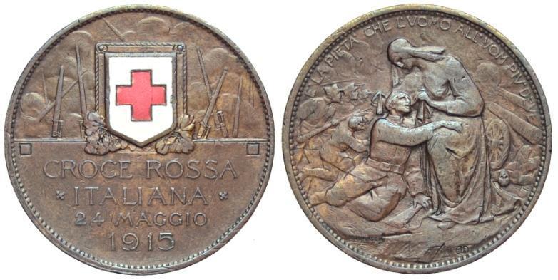 Uno dei più famosi gettoni della storia italiana, quello coniato negli anni della Grande guerra per la Croce Rossa e dal valore di 10 centesimi (rame e smalti, mm 31,0)