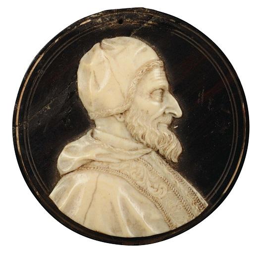 Ritratto di profilo di papa Innocenzo XI Odescalchi in un intaglio su avorio del XVII secolo