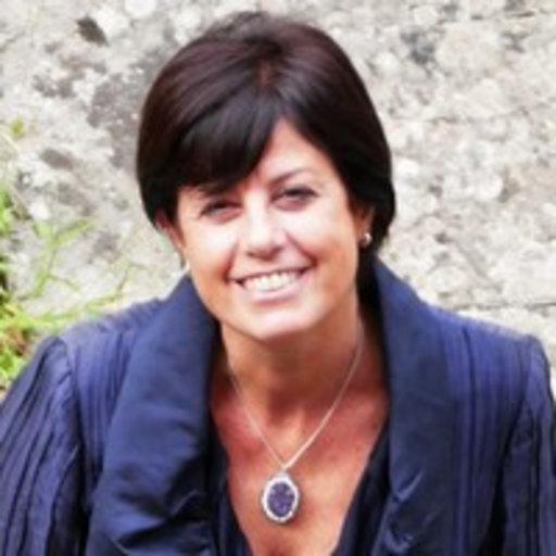 La dottoressa Antonella Arzone cura le collezioni numismatiche dei Musei Civici di Verona dal 2010