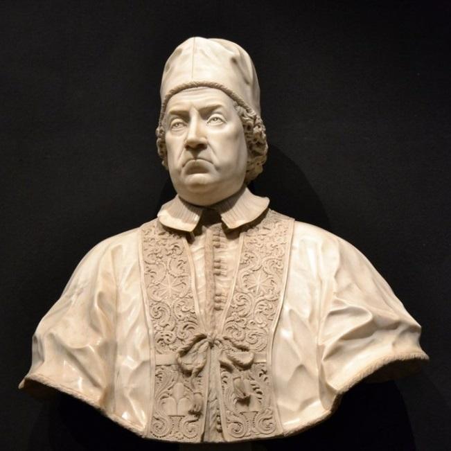 Un bel busto in marmo raffigurante papa Clemente XI conservato all'Università di Urbino, sua città natale