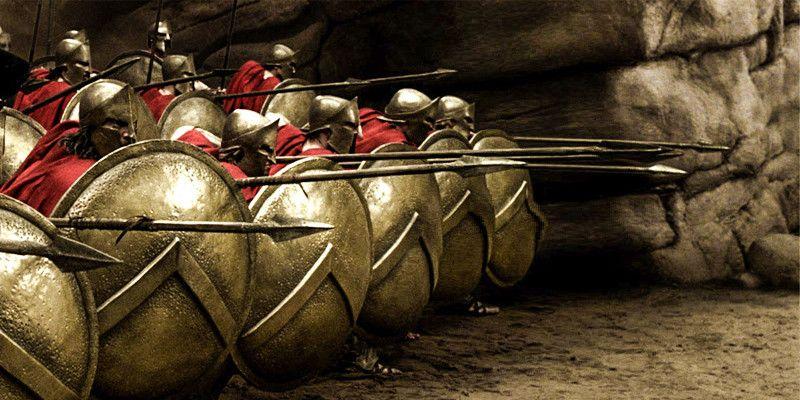 """L'arte, la letteratura, il cinema hanno tratto ispirazione dallo scontro delle Termopili tra Greci e Persiani di 2500 anni fa: si pensi solo al kolossal """"300"""" del 2007 per la regia di Zack Snyder"""