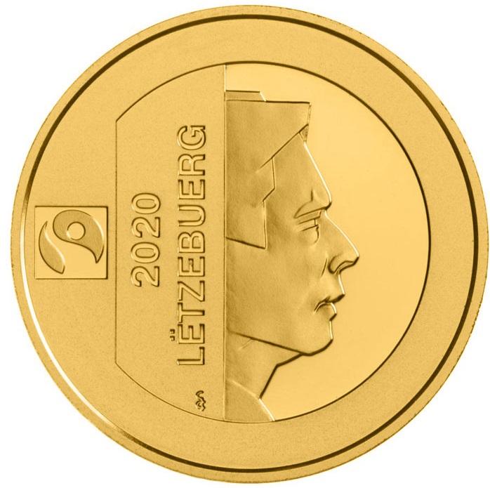 Il ritratto del granduca regnante sul piccolo aureo che celebra il patrimonio culturale del piccolo stato