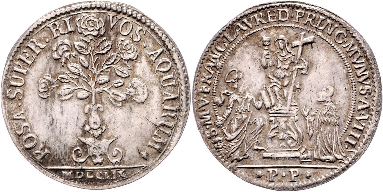 La magnifica osella del 1759, qui nella versione in argento che pesa 10 grammi per 36 millimetri di diametro