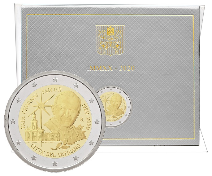 I 2 euro del Vaticano, qui in versione fior di conio, che il 23 giugno saranno sul mercato numismatico per celebrare un secolo dalla nascita di papa Giovanni Paolo II