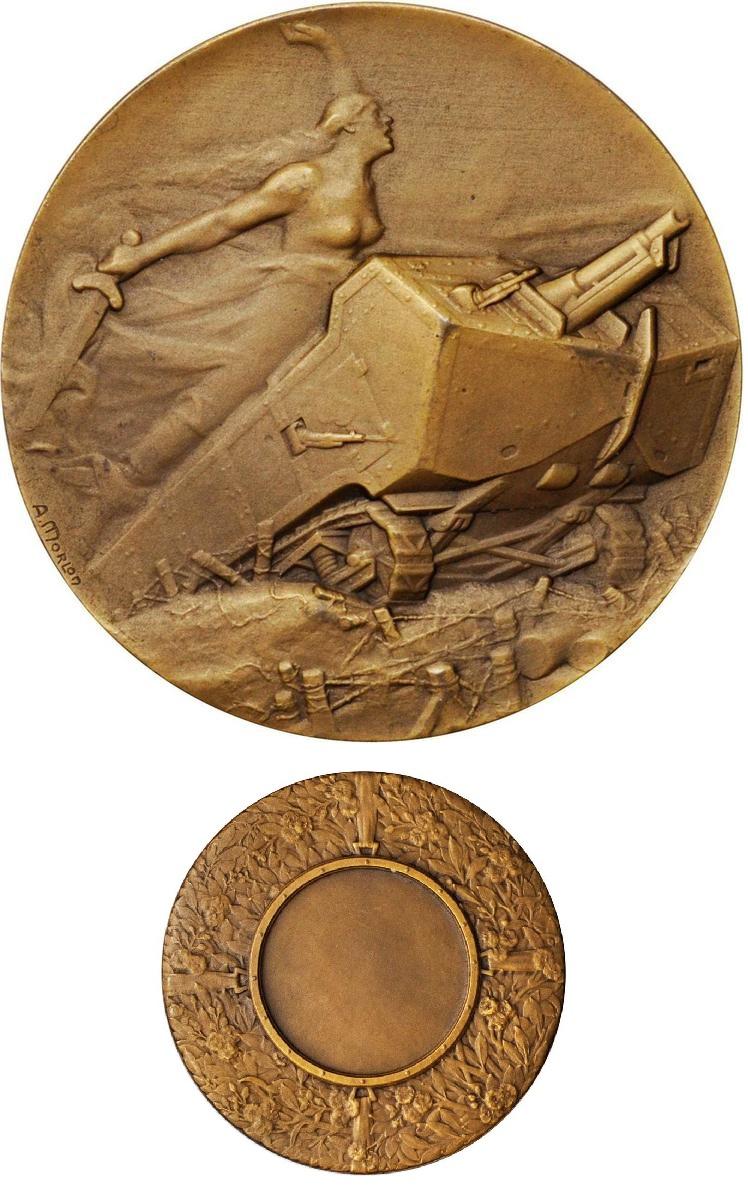 """La prima medaglia dedicata nella storia ad un carro armato: è del 1918 e rende omaggio al """"St. Chamond"""", mostro d'acciaio dell'esercito francese"""