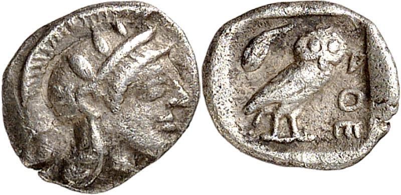 Atene, obolo in argento risalente al 470 .C. circa (mm 9 per g 0,68) ai classici tipi di Atena elmata e della civetta con foglia d'ulivo