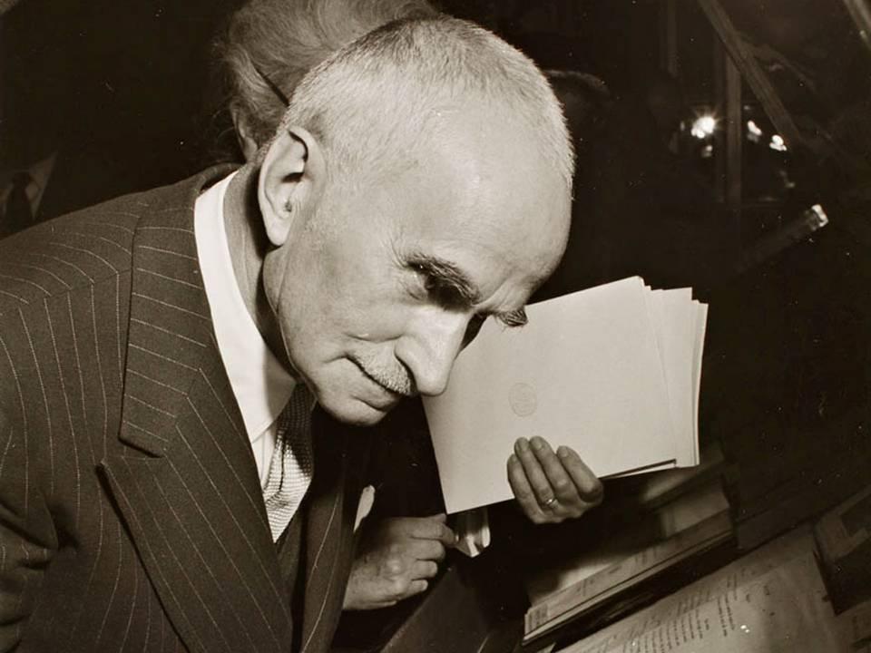 Luigi Einaudi, una delle massime figure nella storia italiana del XX secolo. Prima governatore della Banca d'Italia e poi presidente della Repubblica Italiana, rimane un esempio di fedeltà alle istituzioni e alla nazione