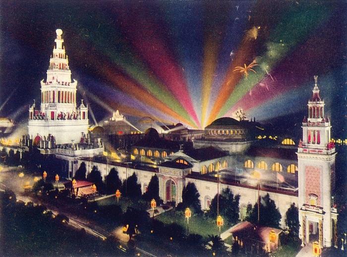 I maestosi padiglioni dell'esposizione di San Francisco del 1915, un vero e proprio trionfo americano