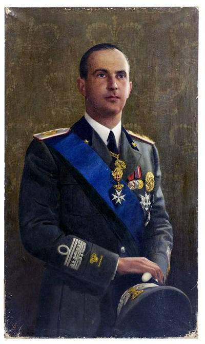 Umberto di Savoia, principe di Piemonte, in uniforme nei primi anni '30